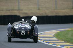 #43 Frazer Nash Le Mans Replica: Nick Mason, CCP Knill-Jones