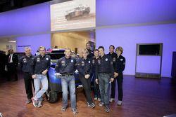 Volkswagen Motorsport: Jutta Kleinschmidt, Fabrizia Pons, Mark Miller, Dirk von Zitzewitz, Bruno Saby, Michel Périn, Carlos Sainz, Andreas Schulz, Giniel De Villiers, Tina Thorner y Volkswagen Motorsport