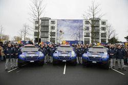 Volkswagen Motorsport departure in Wolfsburg: Jutta Kleinschmidt, Fabrizia Pons, Mark Miller, Dirk v