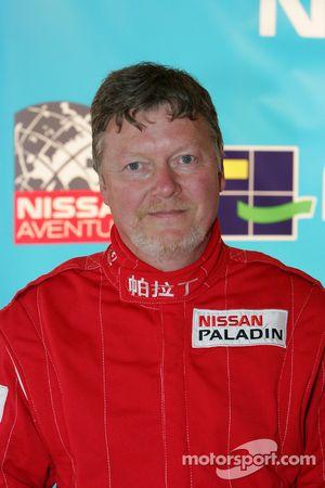 Présentation de l'équipe Nissan à Dessoude: Denis Schurger