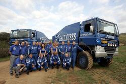 Team de Rooy: les pilotes et co-pilotes du camion Jan de Rooy, Dany Colebunders, Robert van den Broek, Gerard de Rooy, Tom Colsoul, Arno Slaats, Hugo Duisters, Yvo Geusens and Mohamed El Bouzidi, avec Frits Vlijmincx,