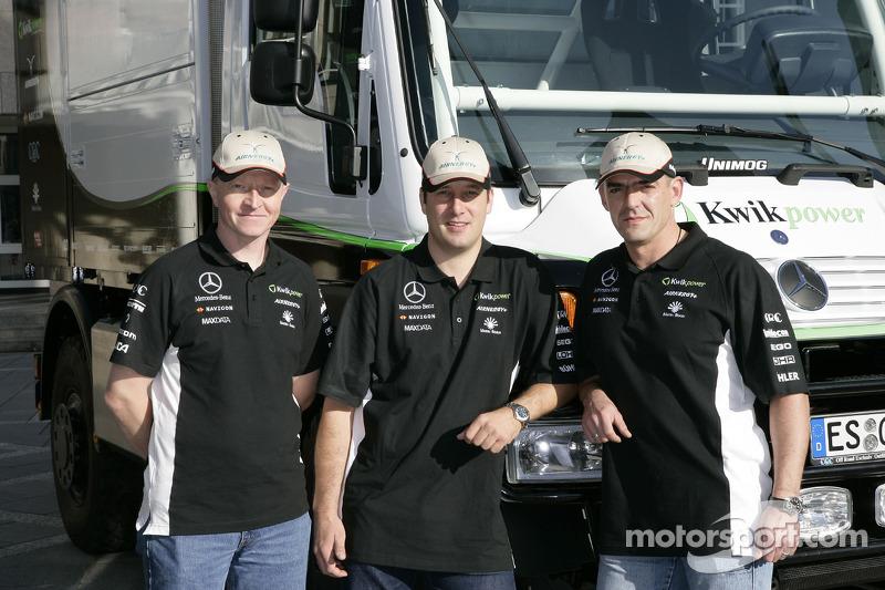 Equipe Kwikpower Mercedes-Benz : les pilotes et co-pilotes des camions Udo Kuhn, Markus Reiter et Michael Zerwer