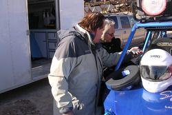 Vanguard Racing: le pilote du Dakar Ronn Bailey et Nancy Knapp Schilke de Motorsport.com