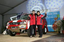 Team Nissan Dessoude public presentation: Zhou Yong and Denis Schurger sur scène
