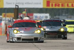 #44 Flying Lizard Motorsports Porsche 911 GT3 RSR: Lonnie Pechnik, Seth Neiman, David Murry