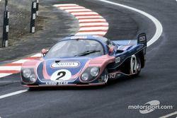 #2 Inaltera Inaltera LM77 Ford: Lella Lombardi, Christine Beckers