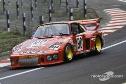 #90 Dick Barbour Racing Porsche 935/77: Brian Redman, Dick Barbour, John Paul