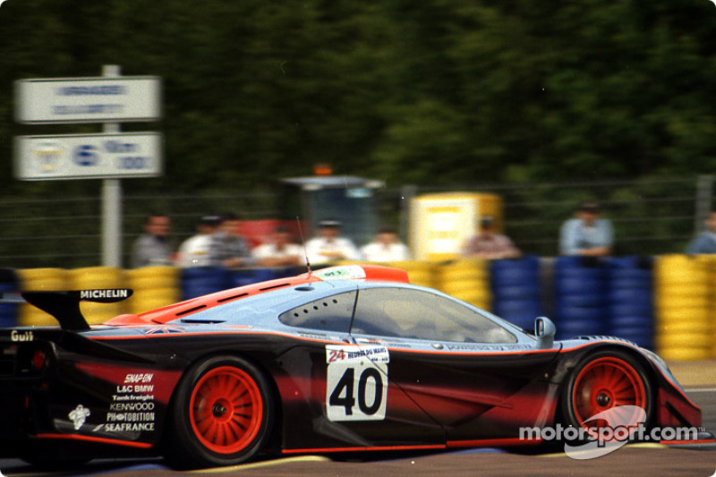 #40 Gulf Team Davidoff McLaren F1 GTR BMW
