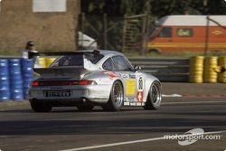 #80 GT Racing Team Porsche 911 GT2: Claudia Härtgen, Hugh Price, John Robinson