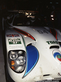 Pitstop #54 David Price Racing Panoz GTR1: Andy Wallace, James Weaver, Butch Leitzinger