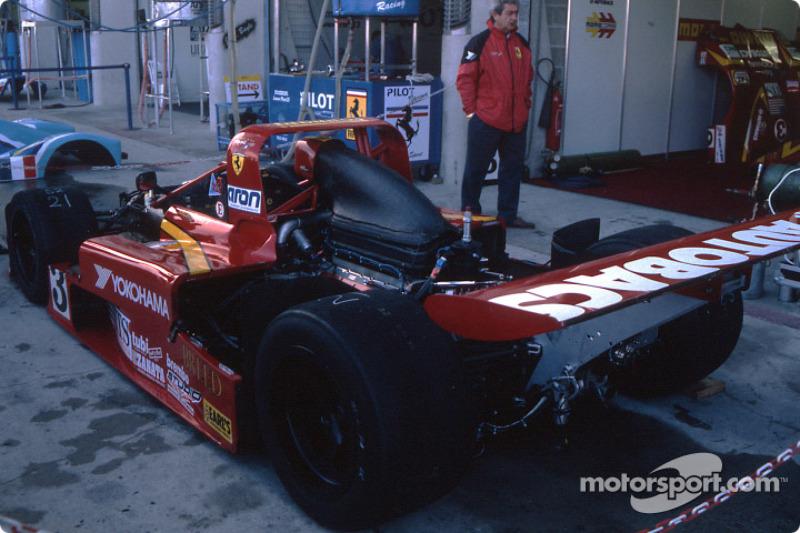 Moretti Racing Ferrari 333 SP
