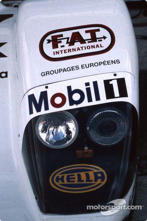 Feux de la Porsche WSC 95 de l'équipe Joest Racing TWR
