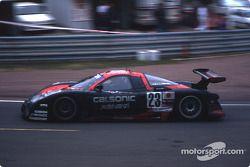 #23 Nissan Motorports Nissan R390: Kazuyoshi Hoshino, Erik Comas, Masahiko Kageyama