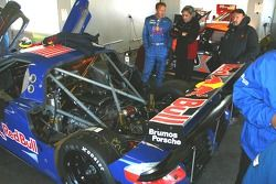 La zone de garage de l'équipe Brumos Porsche