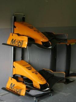orange front nose, McLaren