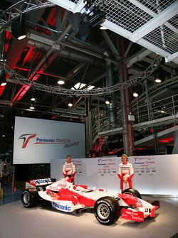 Ralf Schumacher et Jarno Trulli avec la TF106