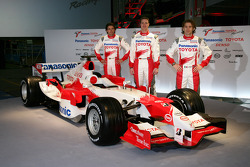 Ricardo Zonta, Ralf Schumacher et Jarno Trulli avec la TF106