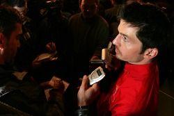 Patrick Carpentier parle à la presse canadienne