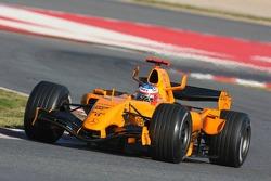 Gary Paffett testet den neuen McLaren MP4-21