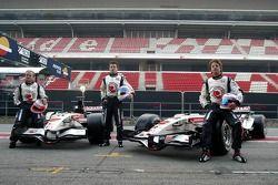 Rubens Barrichello, Anthony Davidson and Jenson Button with the new Honda Racing RA106