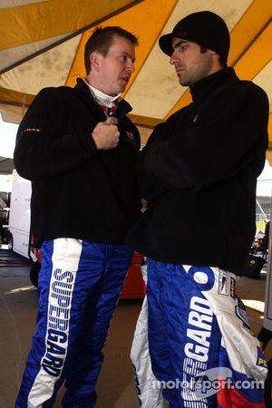 Kevin McGarrity parle avec Dario Franchitti