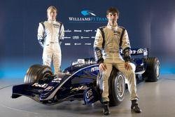 Mark Webber y Nico Rosberg con el nuevo Williams FW28