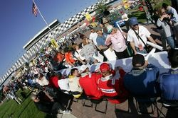 Drivers and fans at the autograph session