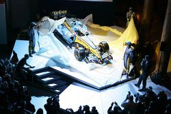 yeni Renault R26 is unveiled