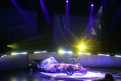 yeni Renault R26 sahnede