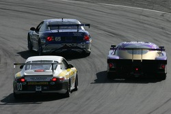 #39 Cheever Racing Lexus Crawford: Christian Fittipaldi, Eddie Cheever, Patrick Carpentier passes GT cars