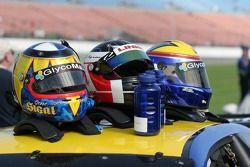 Casques des pilotes de l'équipe #05 Sigalsport BMW BMW M3