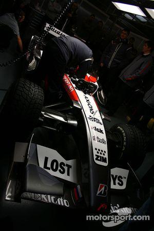 MF1 Racing M16 garajı