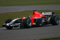 Christijan Albers essaie la MF1 Racing M19