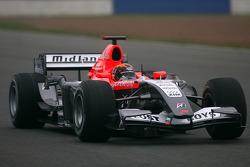 Кристиан Альберс тестирует MF1 Racing M23
