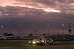 #43 Team Sahlen Porsche GT3 Cup: Wes Allen, Eddie Hennessy, Jim Michaelian, Manuel Matos, Wayne Nonn