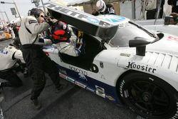 Pitstop for #16 Howard - Boss Motorsports Pontiac Crawford: Chris Dyson, Rob Dyson, Oliver Gavin, Gu