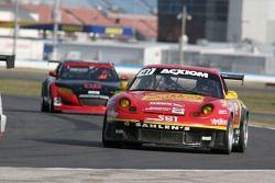 #41 Team Sahlen Porsche GT3 Cup: Joe Nonnamaker, Wayne Nonnamake, Will Nonnamake, Victor Gonzalez Jr