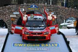 Podium: troisième place pour Daniel Carlsson et Mattias Andersson
