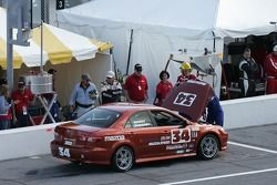 #34 S&D Motorsports Mazda 6: Herb Sweeney III, Shawn Dewey dans les stands