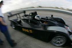 James Weaver décolle