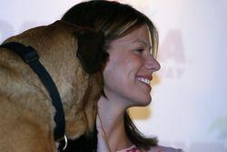 Présentation du livre Pit Road Pets: Krissie Newman et son chien