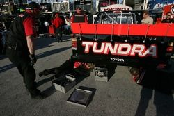L'équipe Toyota Tundra au travail