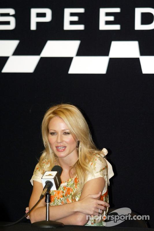 Conférence de presse: le chanteur Jewel