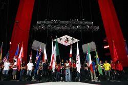Concert de RBD à la Monterrey Arena: les pilotes de A1GP salués par les fans