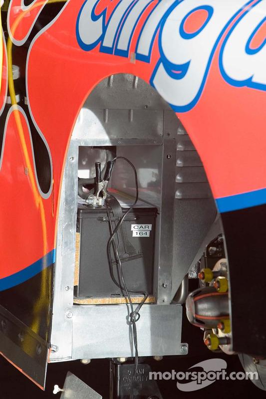 Une batterie sur une voiture NASCAR