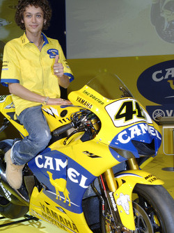 Valentino Rossi with the 2006 Camel Yamaha M1