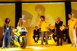 Valentino Rossi et Colin Edwards sur scène
