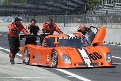Michael Shank Racing Lexus Riley dans la voie des stands