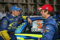 Petter Solberg y Sébastien Loeb discuten