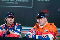 Jos Verstappen talks to the media with Bryan Herta after Practice 1